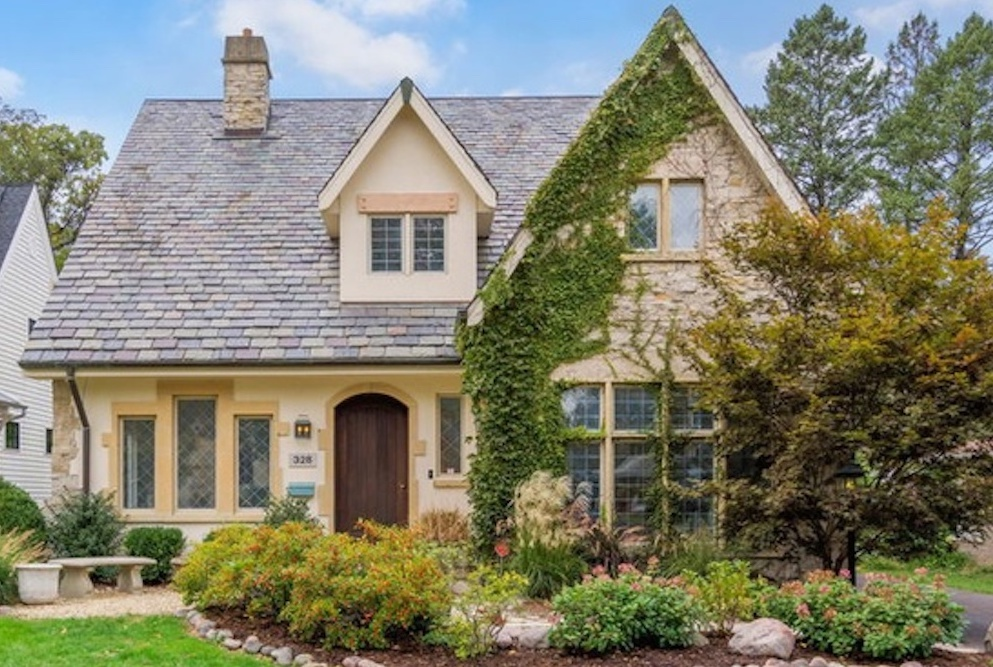 Former NHL player Blake Geoffrion recently purchased 328 N. Oak St. in Hinsdale.