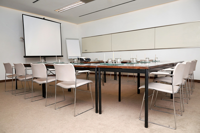 Medium meetingroom04
