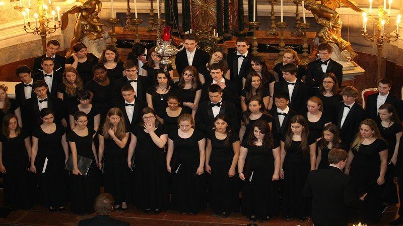Choir800