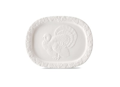 This stoneware serving platter is perfect for the star of the Thanksgiving table -- the turkey.