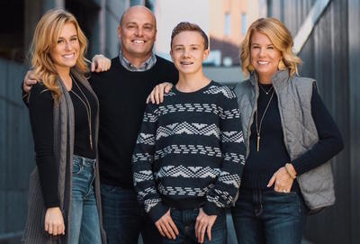 Medium cooperfamily