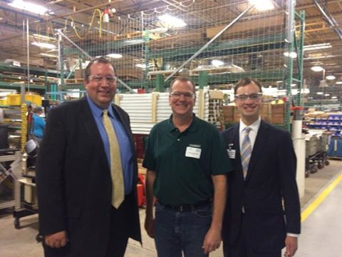 State Rep. David Olsen tours the Flexco plant in Downers Grove.