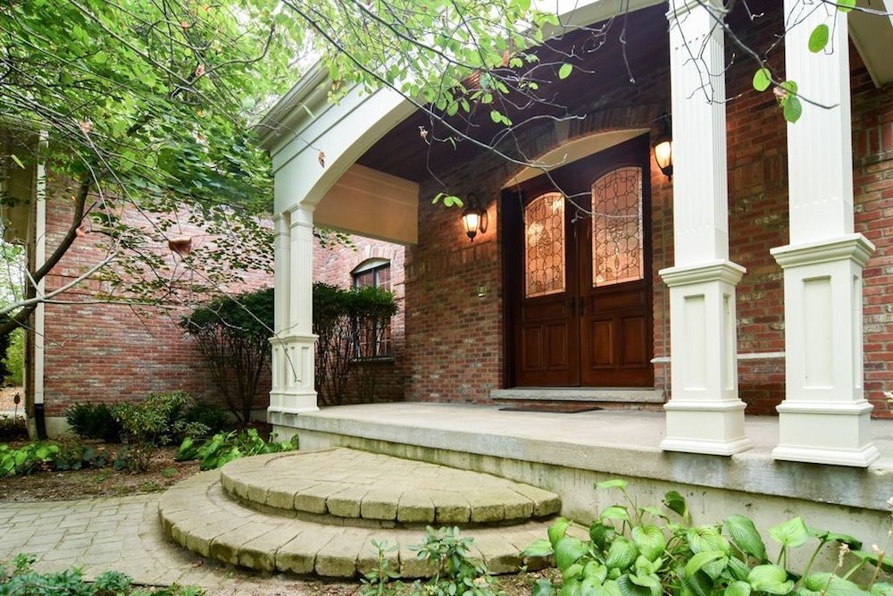 The home at 14N302 Highland Ave has a property tax bill of $17,701, or 2.46 percent of the home's current price.