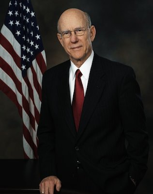 Sen. Pat Roberts (R-KS)